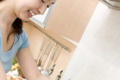 食器洗い中にくしゃみが起こるのはなぜ?