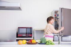冷蔵庫の下や裏面のホコリ対策は?手作り便利グッズでキレイ&節電