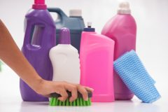 お風呂掃除にアルコールは有効なの?