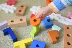 収納に悩む子どものおもちゃ、定額制レンタルはメリットいっぱい?