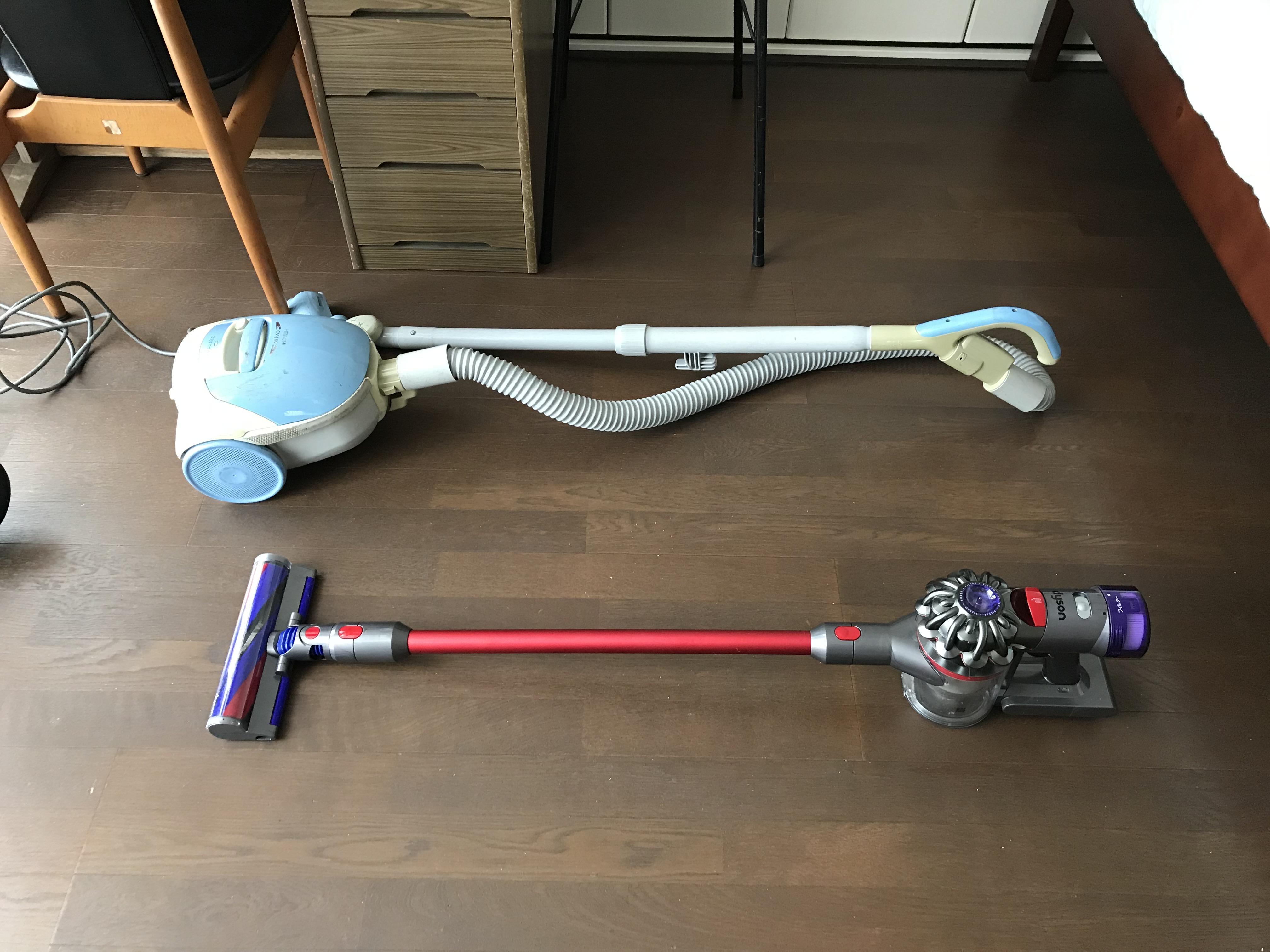 普段使用している掃除機とダイソンクリーナーの比較